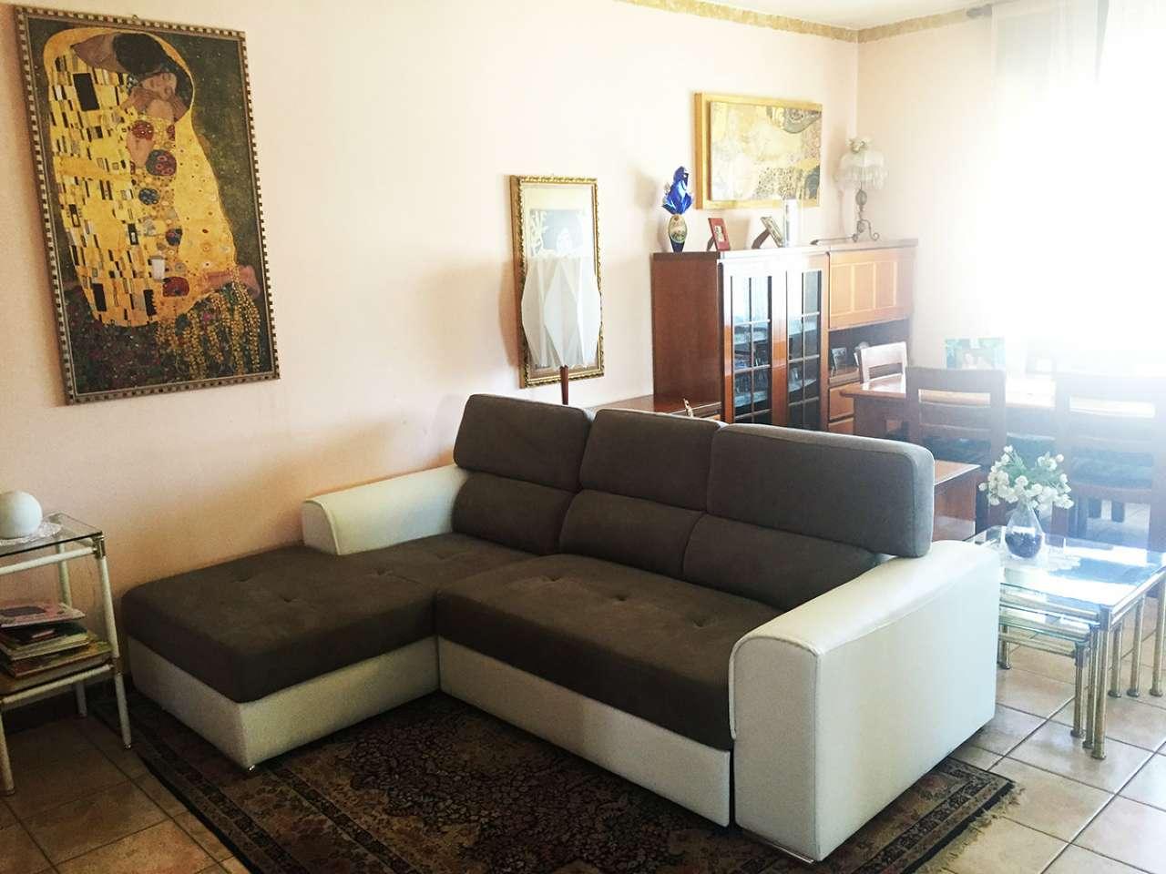 Appartamento in vendita a Legnaro, 5 locali, prezzo € 159.000   CambioCasa.it