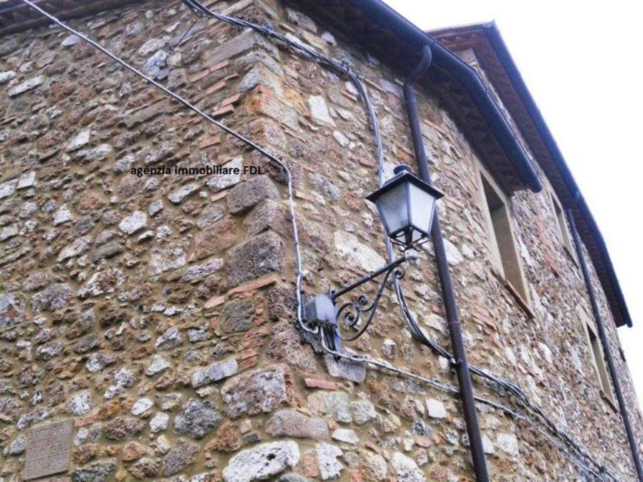 Palazzo / Stabile in vendita a Montecatini Val di Cecina, 6 locali, prezzo € 110.000 | Cambio Casa.it