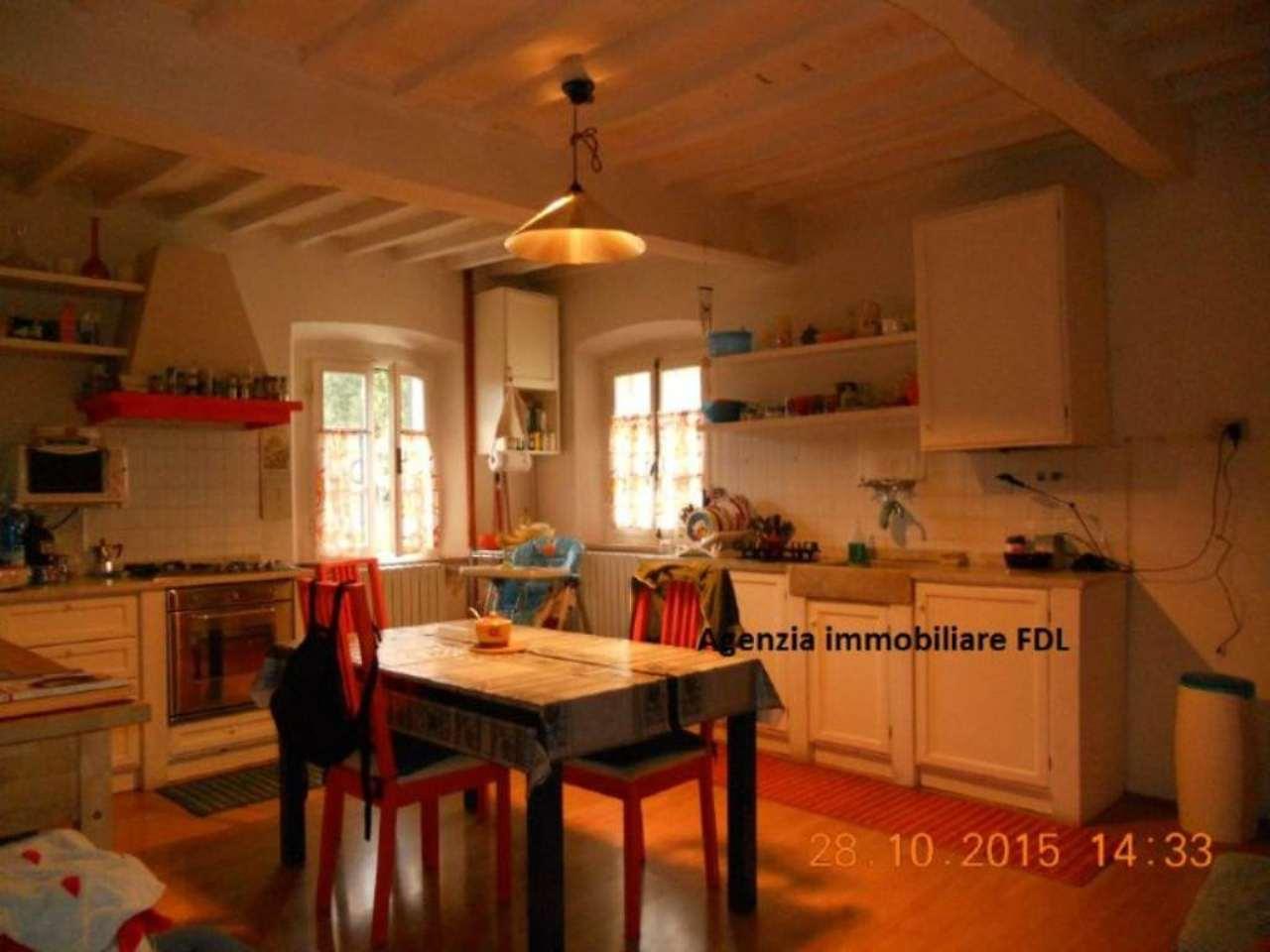 Palazzo / Stabile in vendita a Palaia, 7 locali, prezzo € 199.000 | Cambio Casa.it