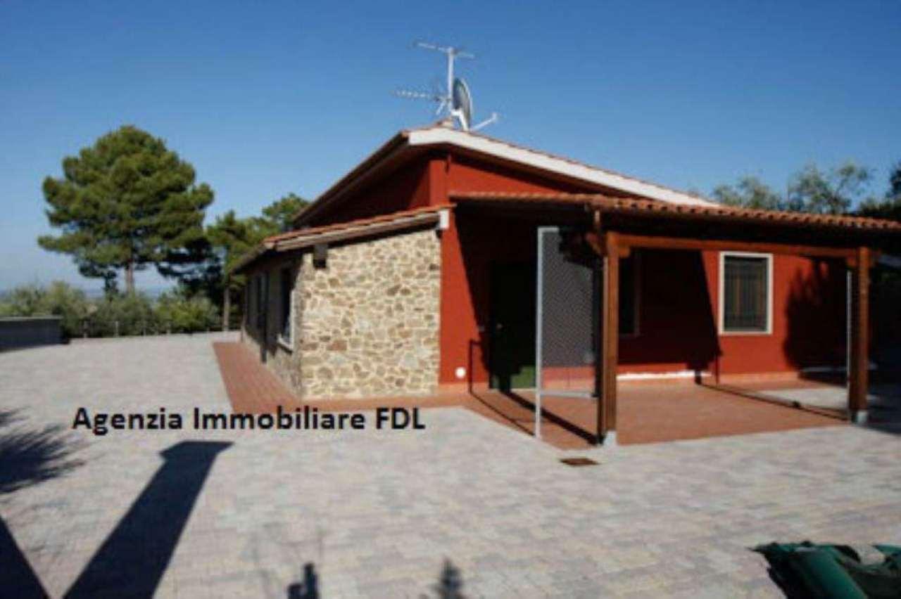Villa in vendita a Chianni, 10 locali, prezzo € 650.000 | Cambio Casa.it