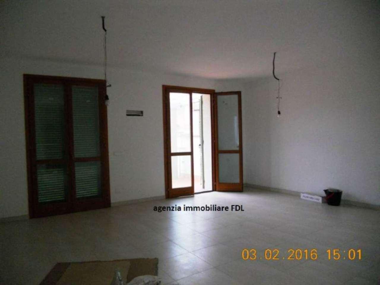 Palazzo / Stabile in vendita a Ponsacco, 8 locali, prezzo € 415.000 | CambioCasa.it