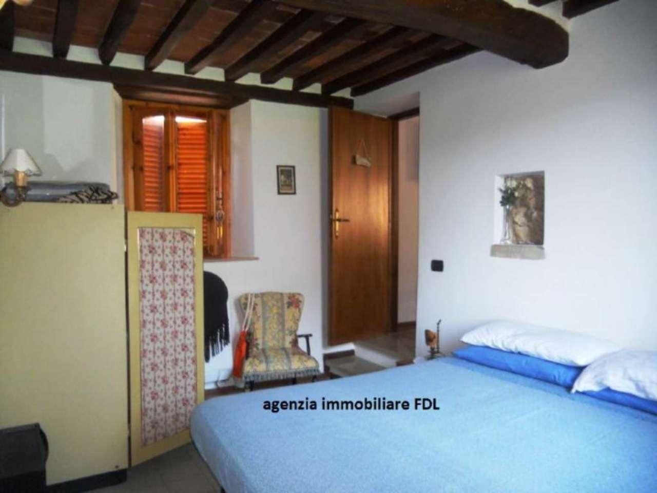 Palazzo / Stabile in vendita a Camaiore, 4 locali, prezzo € 145.000 | Cambio Casa.it