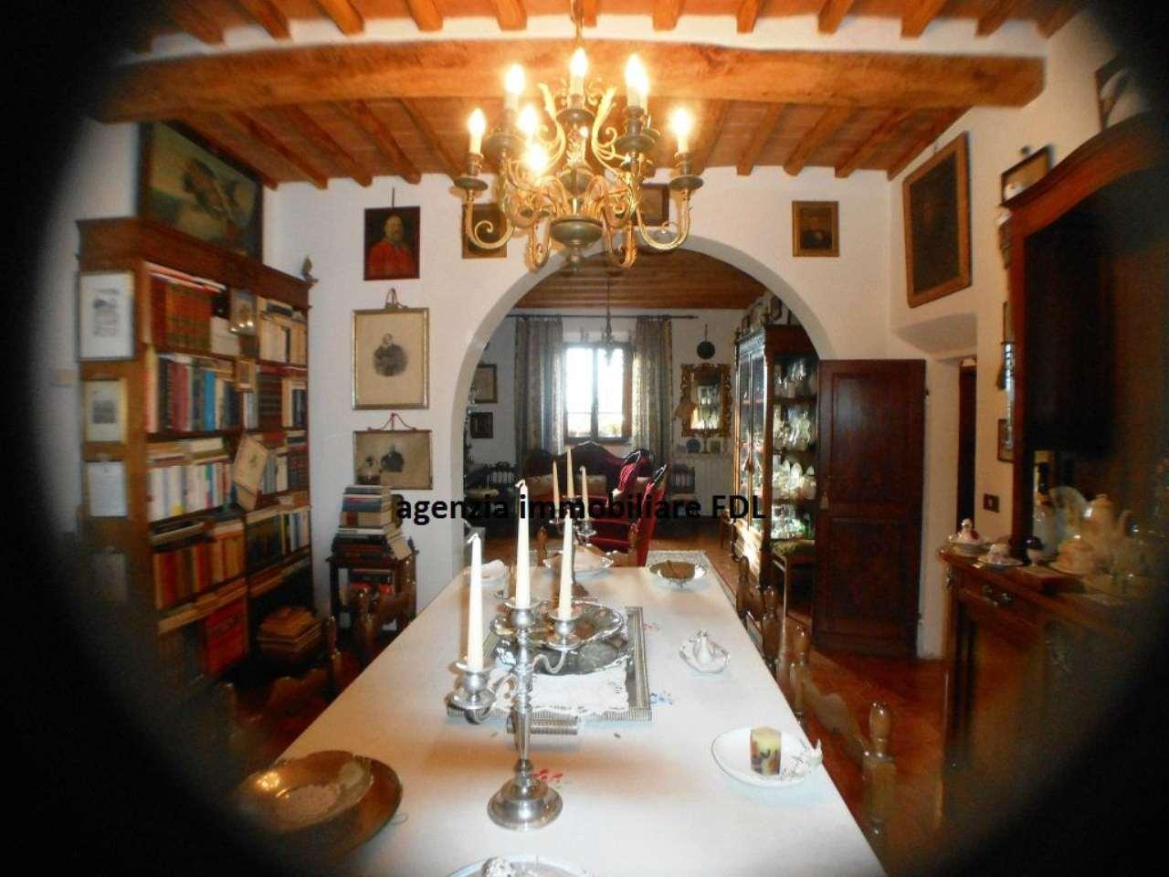 Rustico / Casale in vendita a Palaia, 20 locali, prezzo € 1.000.000 | CambioCasa.it