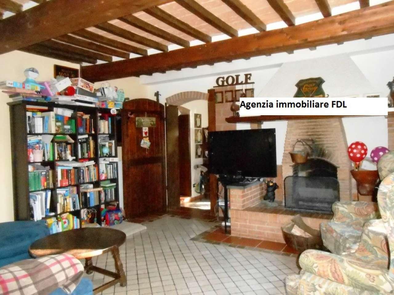 Rustico / Casale in vendita a Crespina Lorenzana, 8 locali, prezzo € 499.000 | CambioCasa.it