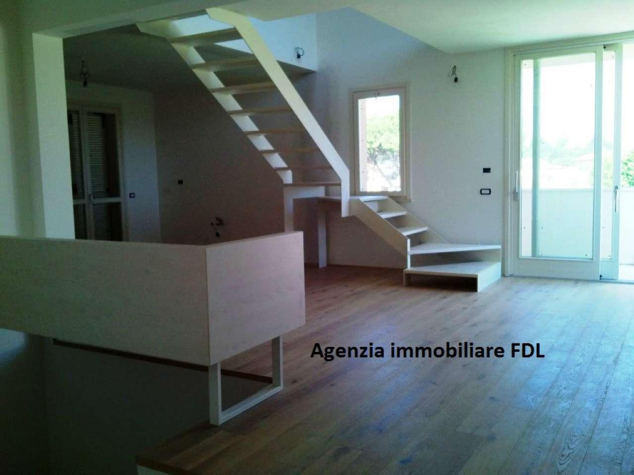 Attico / Mansarda in vendita a San Miniato, 7 locali, Trattative riservate | CambioCasa.it