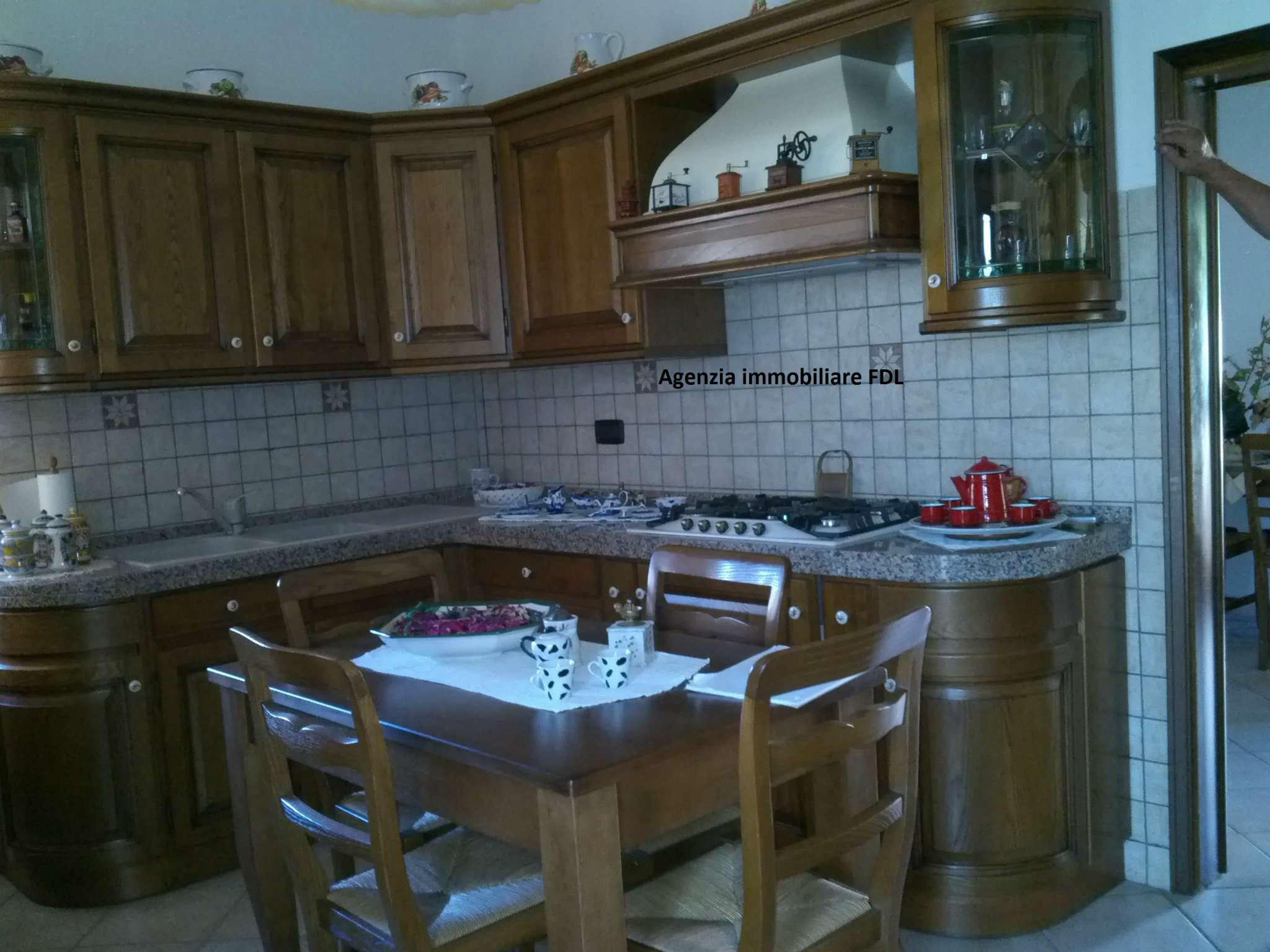 Palazzo / Stabile in vendita a Casciana Terme Lari, 8 locali, prezzo € 420.000 | CambioCasa.it