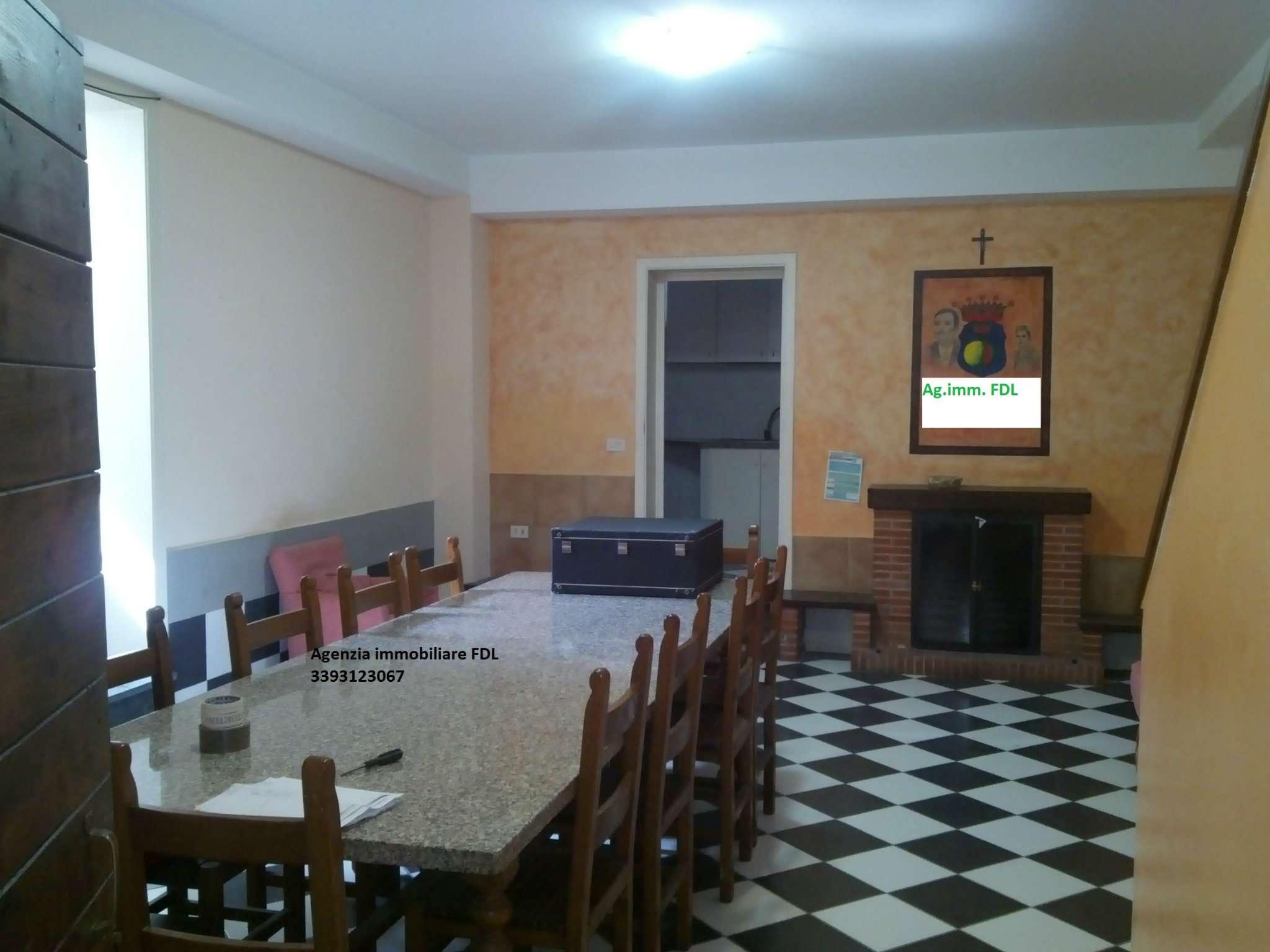Soluzione Indipendente in vendita a Palaia, 9 locali, prezzo € 350.000 | CambioCasa.it