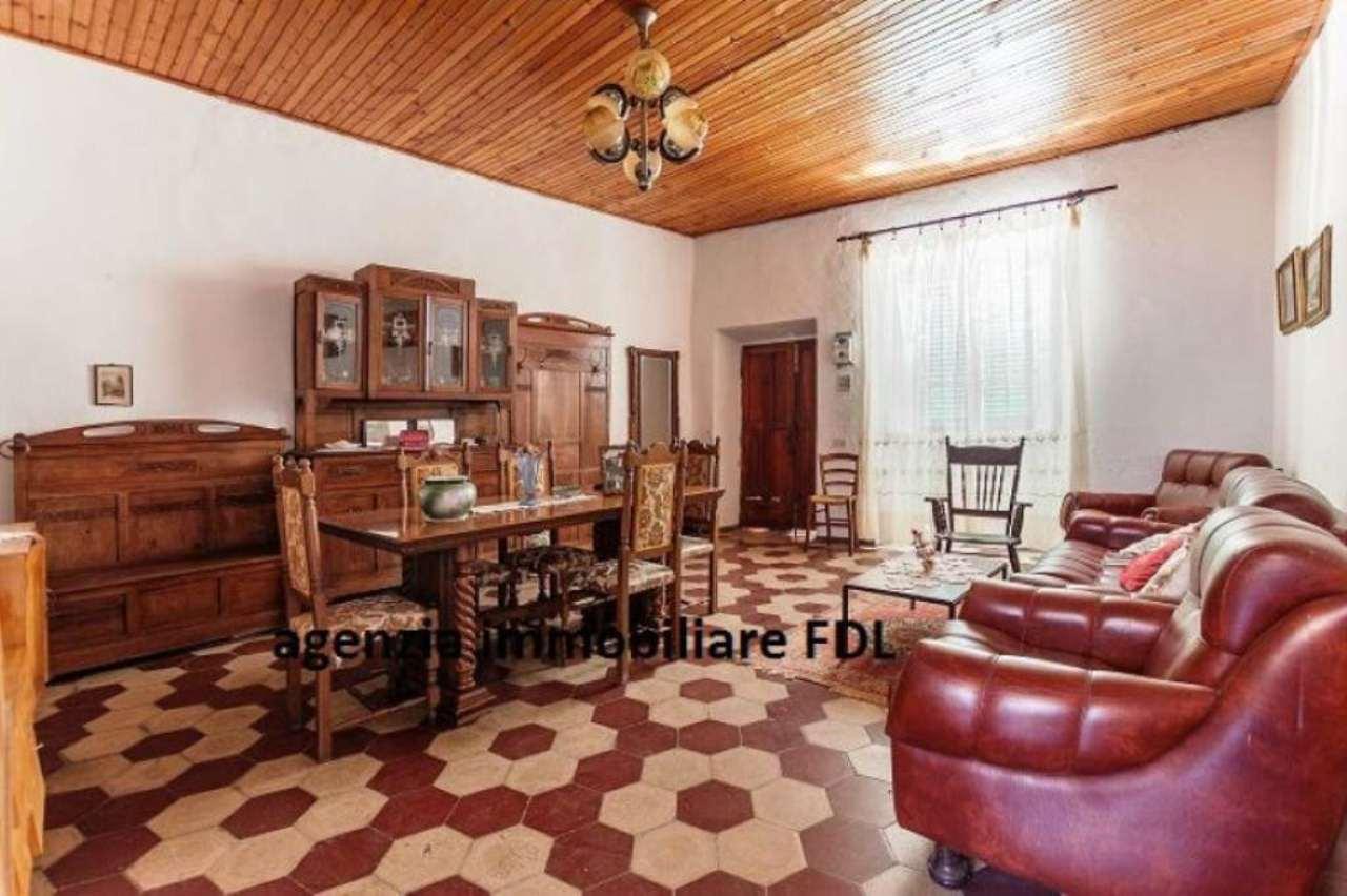 Appartamento in vendita a Marciana, 7 locali, prezzo € 210.000 | Cambio Casa.it