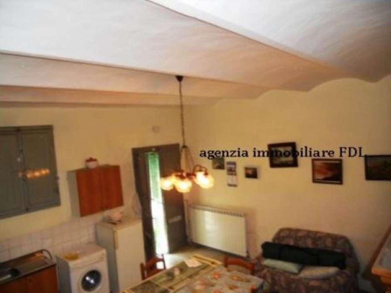 Rustico / Casale in vendita a Santa Croce sull'Arno, 6 locali, prezzo € 260.000 | Cambio Casa.it