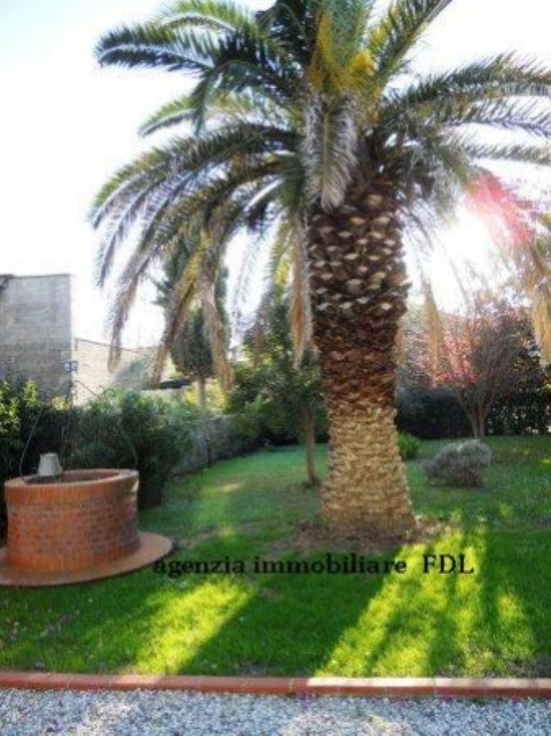 Soluzione Indipendente in vendita a Ponsacco, 6 locali, prezzo € 500.000 | Cambio Casa.it