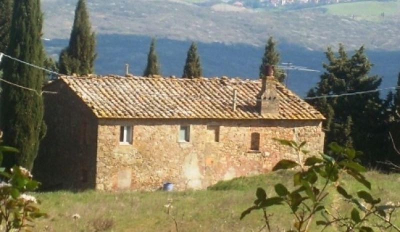 Rustico / Casale in vendita a Volterra, 6 locali, Trattative riservate | Cambiocasa.it