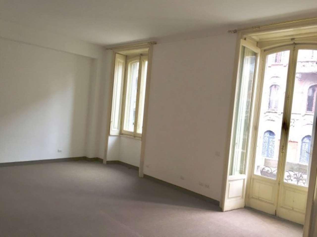 Appartamento di lusso in vendita a milano via giovanni for Case pregio milano