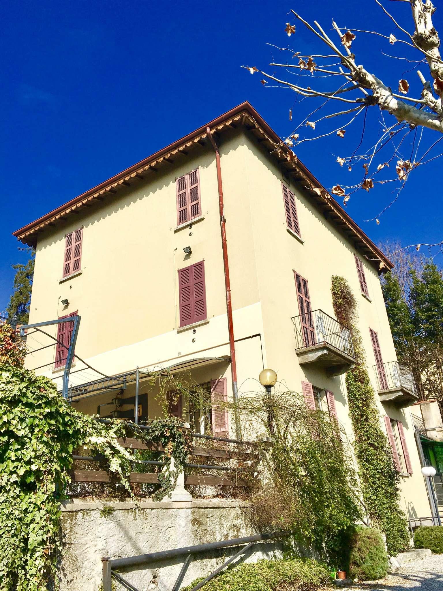 Foto 1 di Stabile - Palazzo Cernobbio