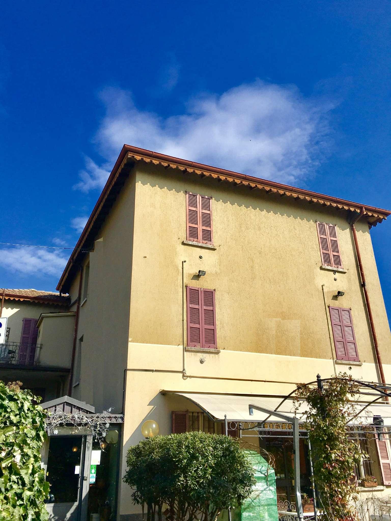 Foto 5 di Stabile - Palazzo Cernobbio