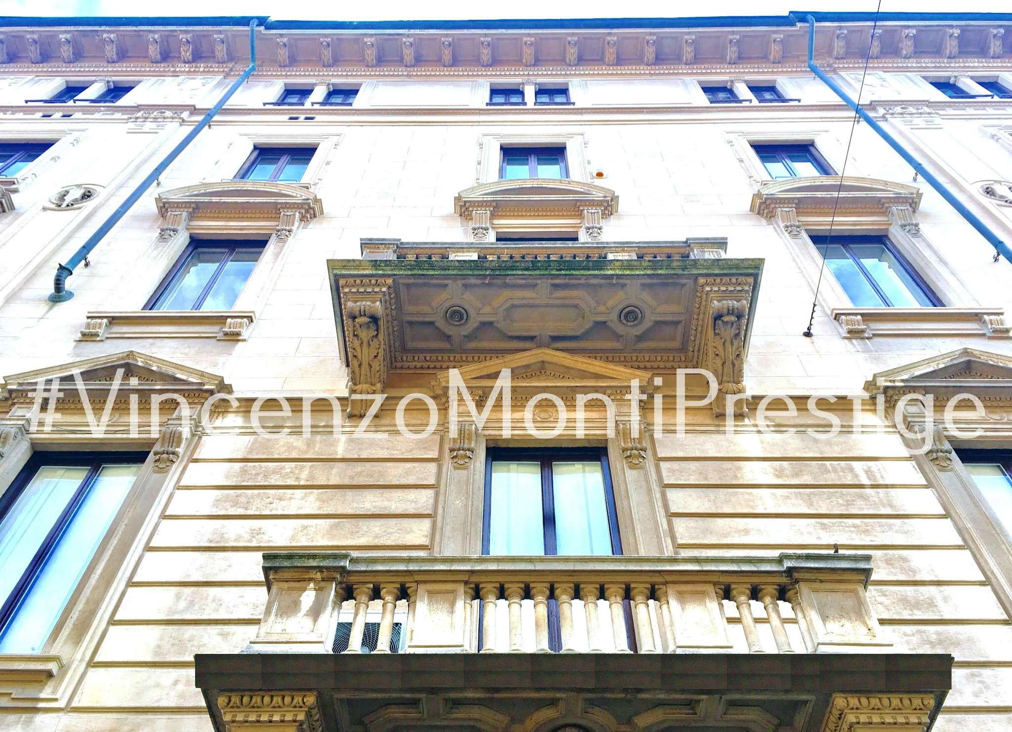 Appartamento in Affitto a Milano 08 Vercelli / Magenta / Cadorna / Washington: 5 locali, 330 mq