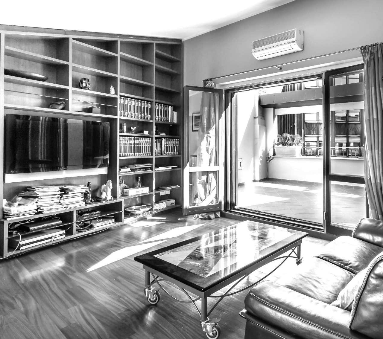 Appartamenti con camino in vendita a milano pag 2 for Case in vendita milano zona brera