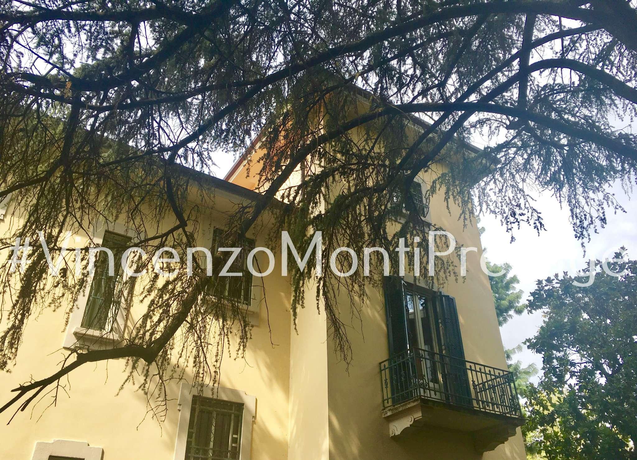 Villa in Vendita a Milano: 5 locali, 500 mq - Foto 1