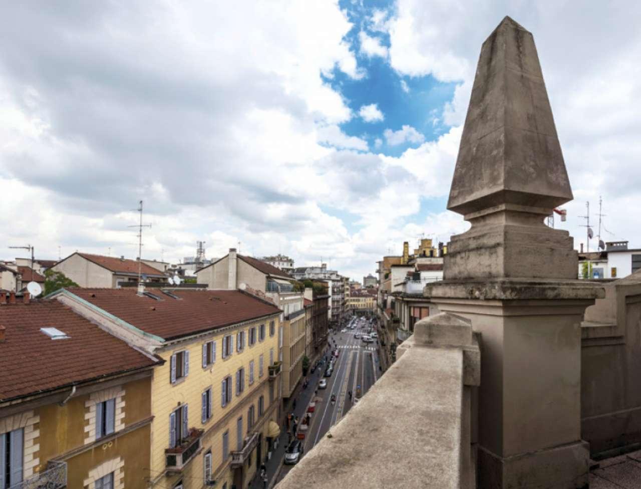 Milano Affitto STABILE / PALAZZO Immagine 2