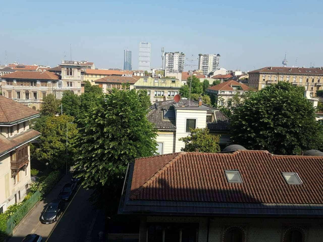 Appartamento in Affitto a Milano 08 Vercelli / Magenta / Cadorna / Washington: 3 locali, 107 mq