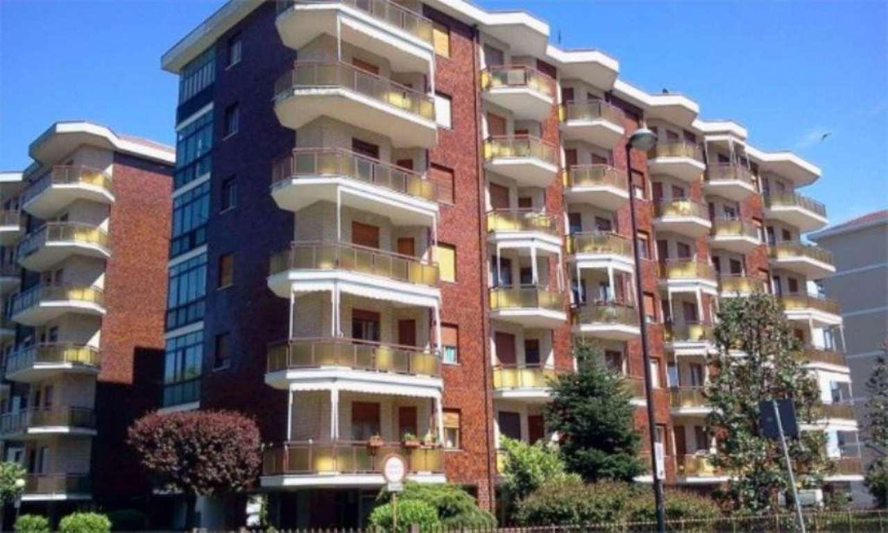 Appartamento in vendita a Beinasco, 2 locali, prezzo € 99.000 | Cambio Casa.it