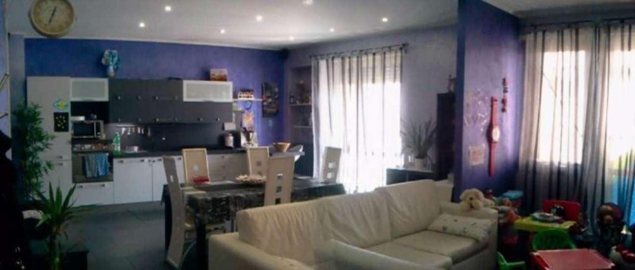 Appartamento in vendita a Beinasco, 3 locali, prezzo € 148.000 | Cambio Casa.it