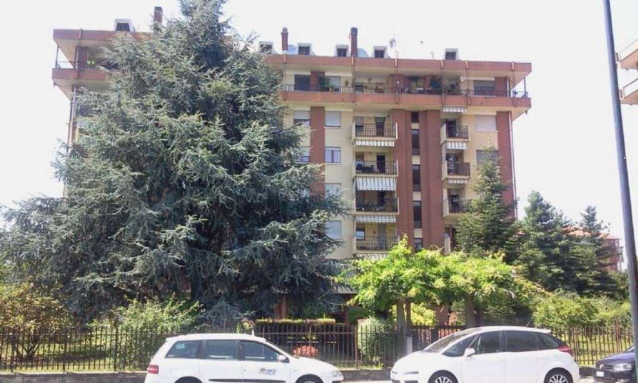 Appartamento in vendita a Beinasco, 4 locali, prezzo € 158.000 | Cambio Casa.it