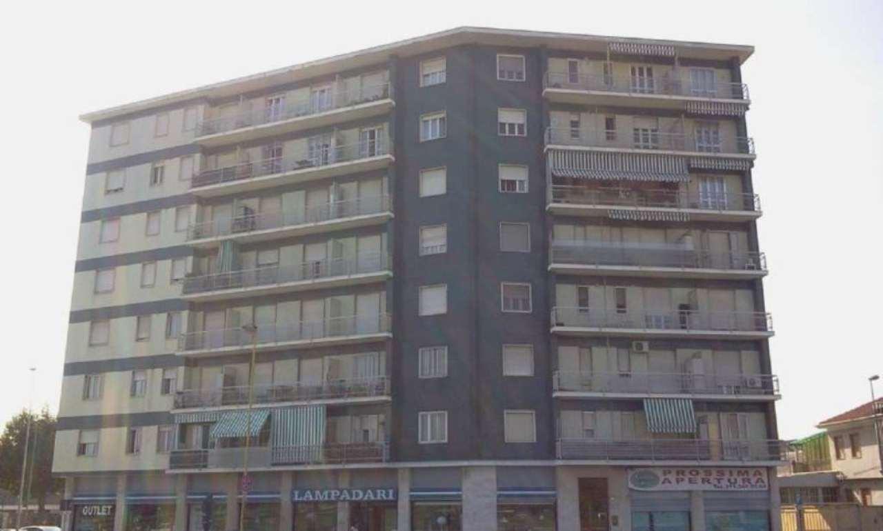 Appartamento in vendita a Beinasco, 3 locali, prezzo € 115.000 | Cambio Casa.it