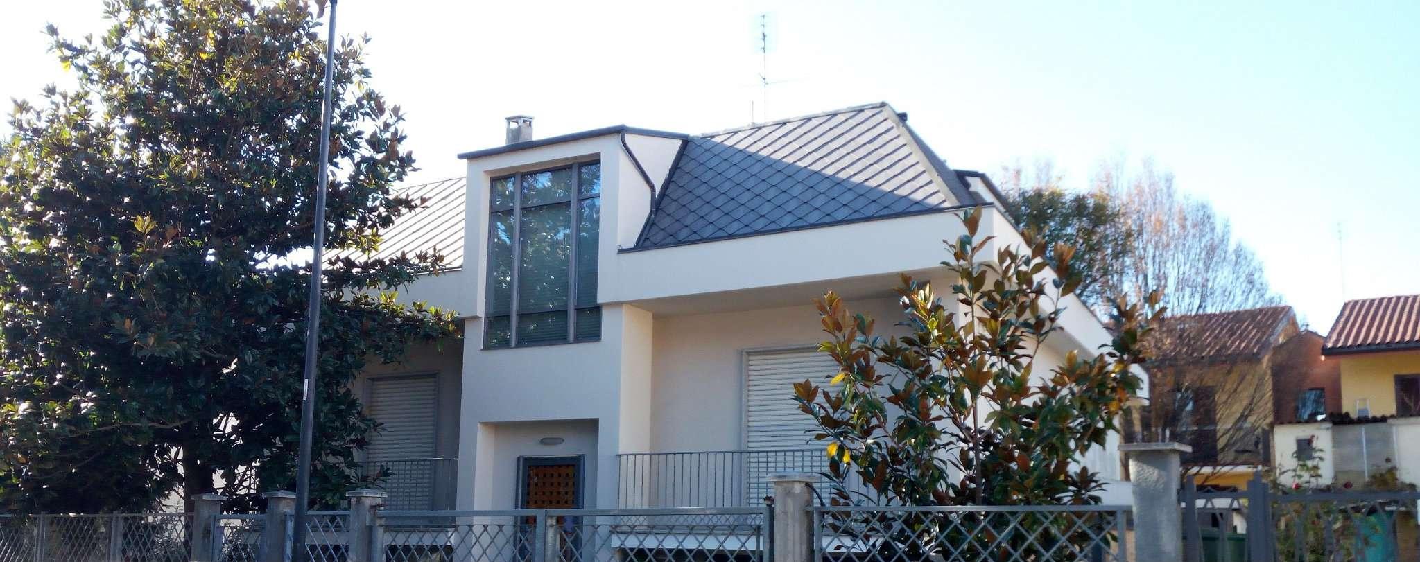 Soluzione Indipendente in vendita a Beinasco, 7 locali, prezzo € 480.000 | Cambio Casa.it