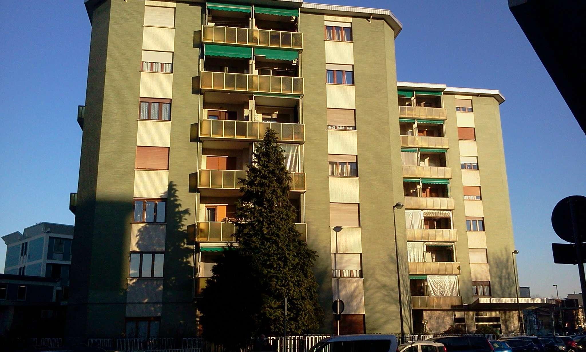 Appartamento in vendita a Beinasco, 3 locali, prezzo € 145.000 | Cambio Casa.it