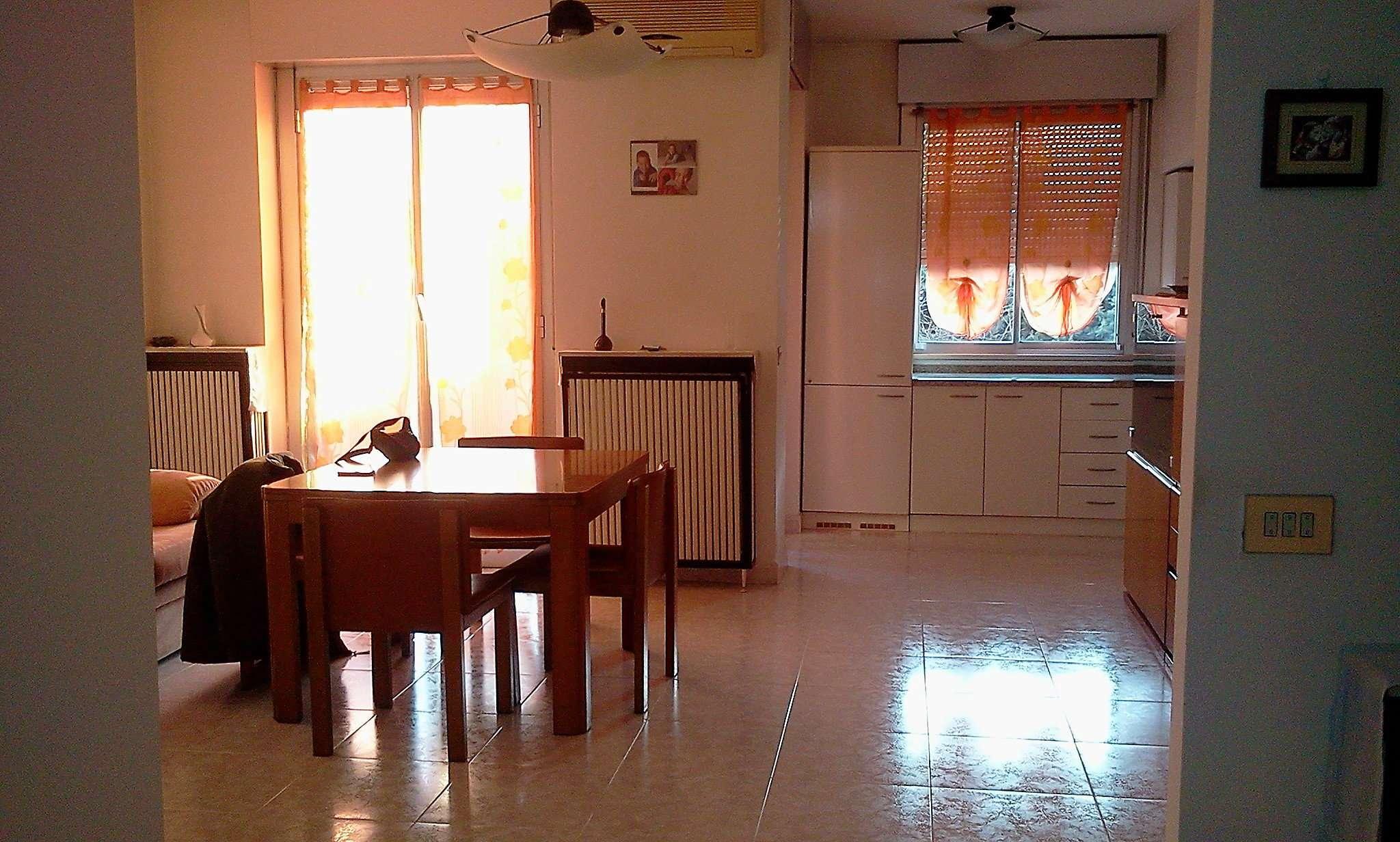 Appartamento in vendita a Beinasco, 3 locali, prezzo € 210.000 | Cambio Casa.it