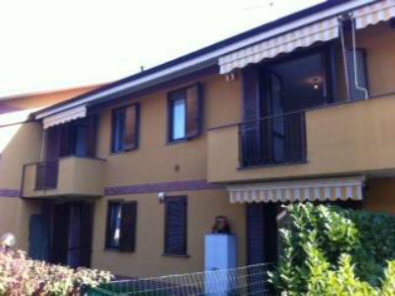 Appartamento in vendita a Figino Serenza, 2 locali, prezzo € 135.000 | Cambiocasa.it