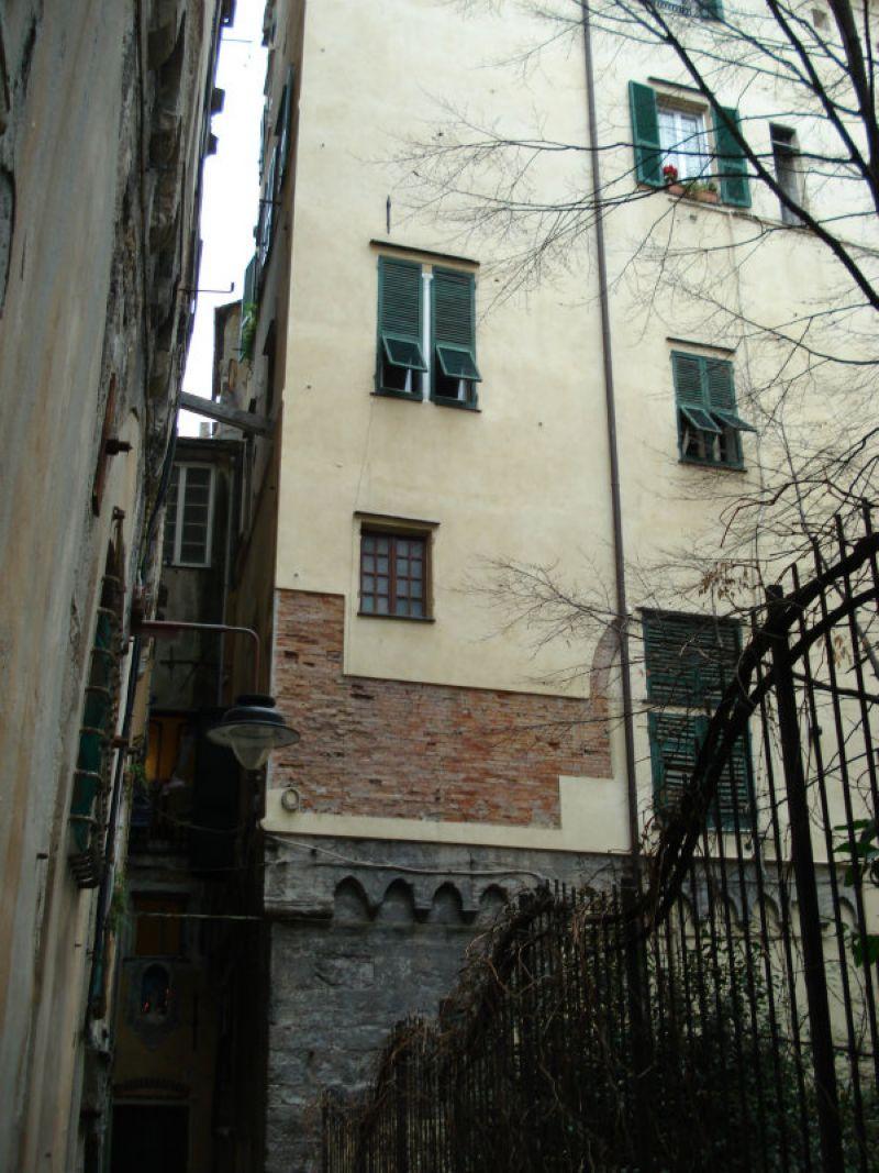 Palazzo/Palazzina/Stabile in vendita a Genova in Vico Squarciafico