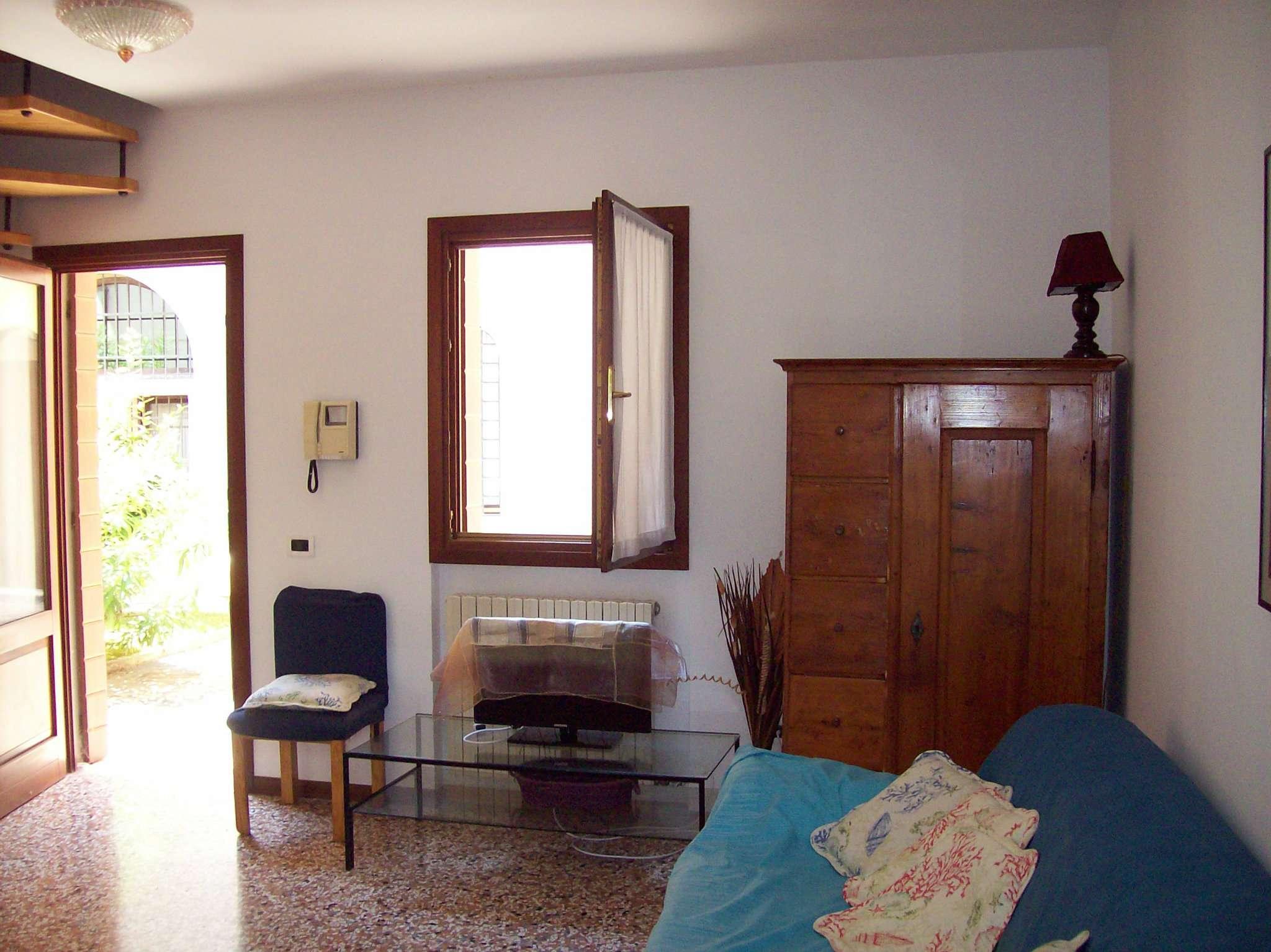Bilocale Venezia Via Via Sandro Gallo 1