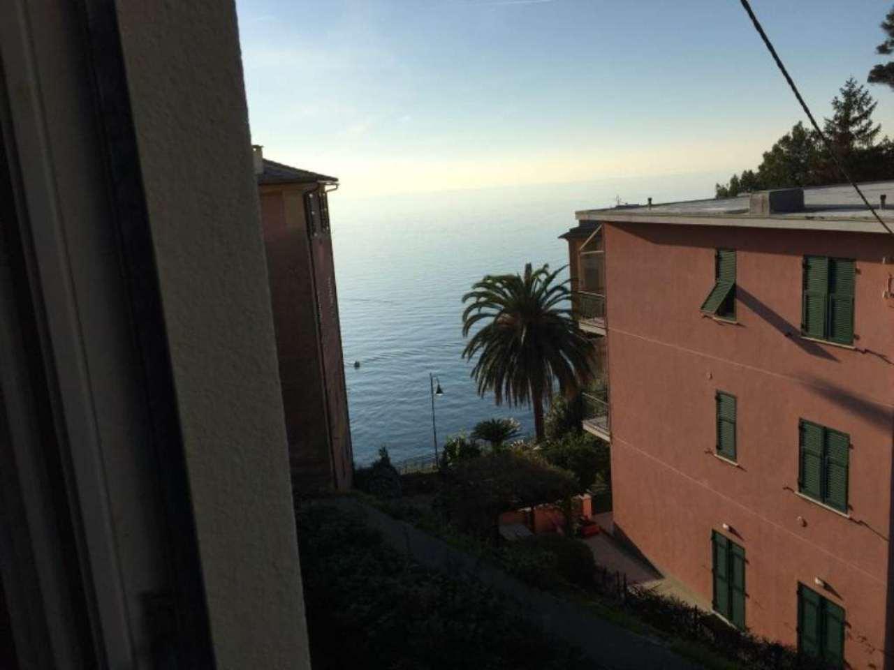 Appartamento in vendita a Camogli, 6 locali, prezzo € 330.000 | Cambio Casa.it
