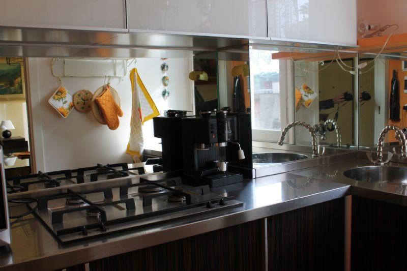 Appartamento in vendita a Camogli, 5 locali, prezzo € 275.000 | CambioCasa.it