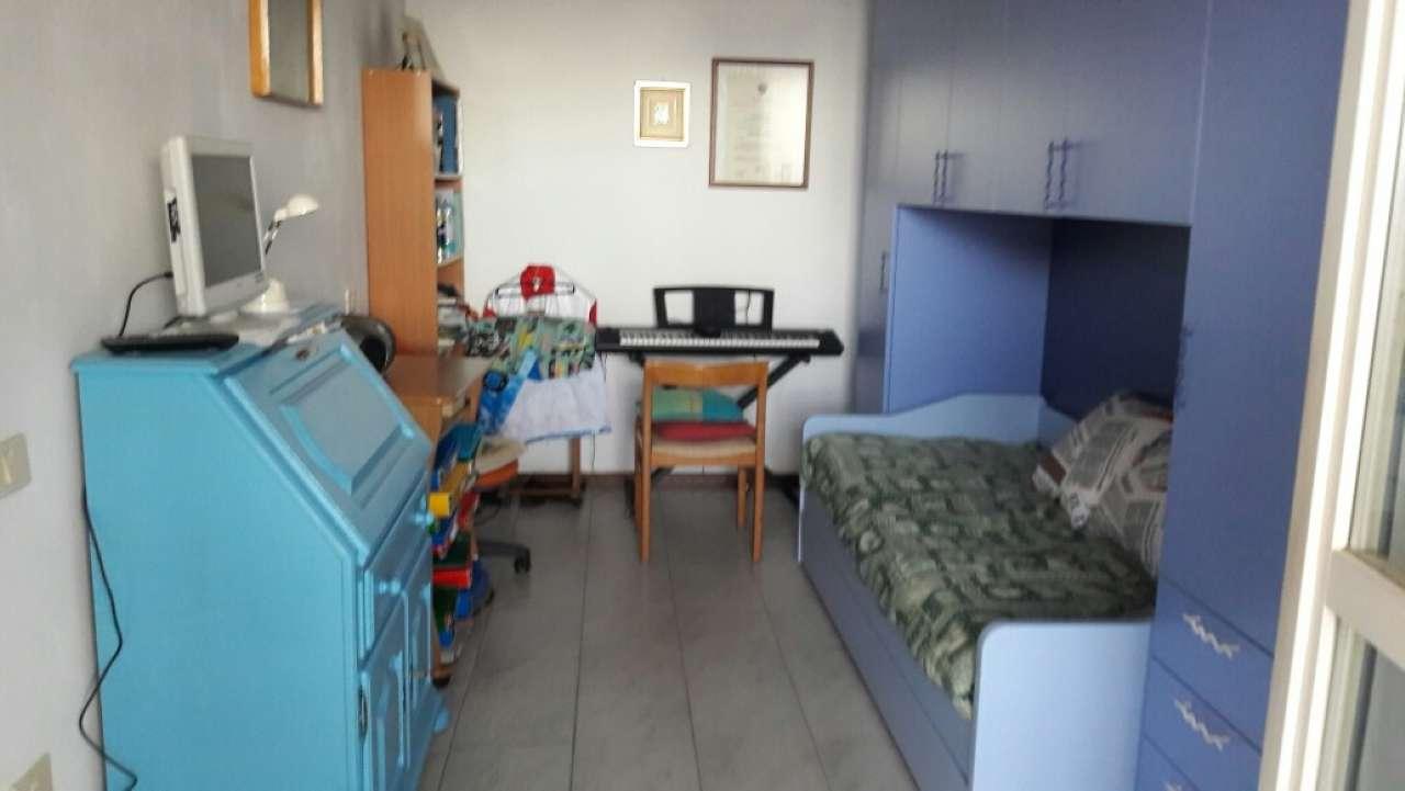 Appartamento in vendita a Cogoleto, 6 locali, prezzo € 245.000 | Cambio Casa.it