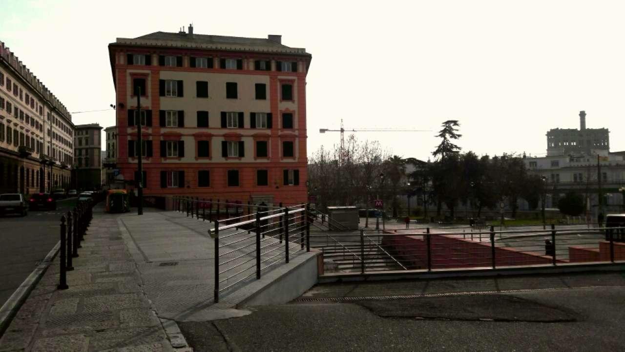 Loft / Openspace in affitto a Genova, 2 locali, zona Zona: 1 . Centro, Centro Storico, prezzo € 470   CambioCasa.it