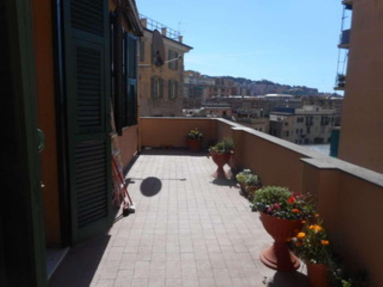 Attico / Mansarda in vendita a Genova, 6 locali, zona Zona: 5 . Marassi-Staglieno, prezzo € 88.000 | CambioCasa.it