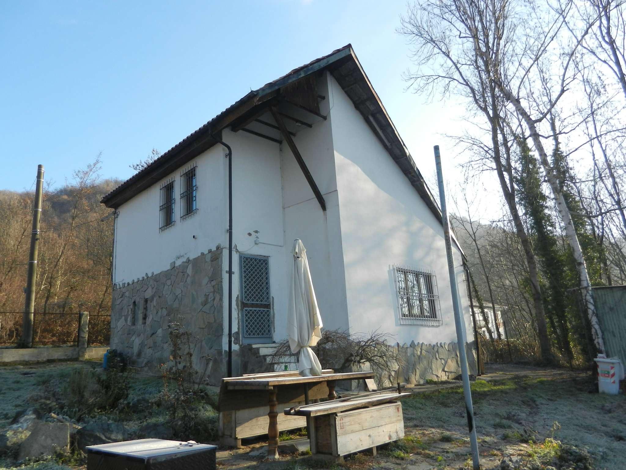 Villa in vendita a Avigliana, 4 locali, prezzo € 215.000 | Cambio Casa.it