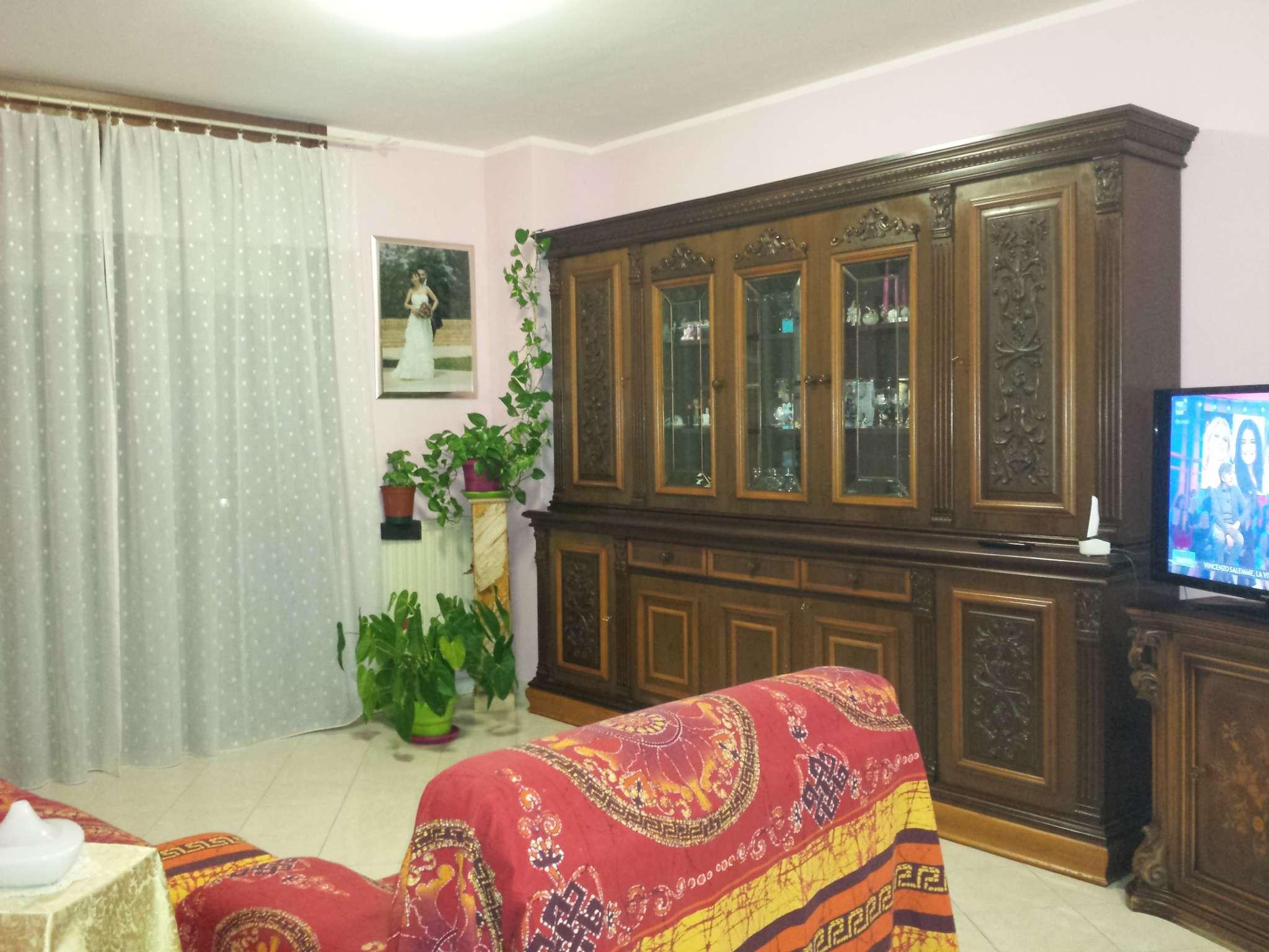 Vendita case e appartamenti a venaria reale for Appartamento venaria