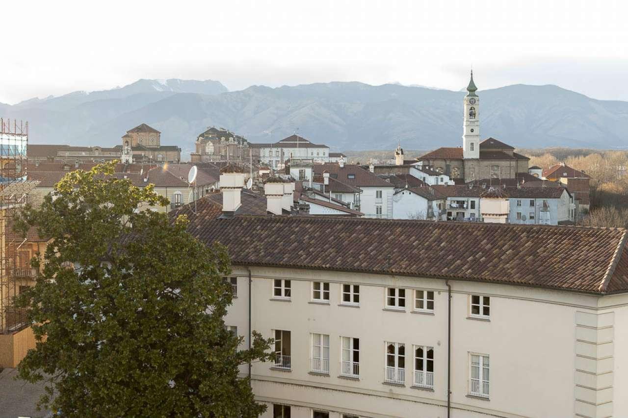 Appartamento in vendita piazza Vittorio Veneto Venaria Reale