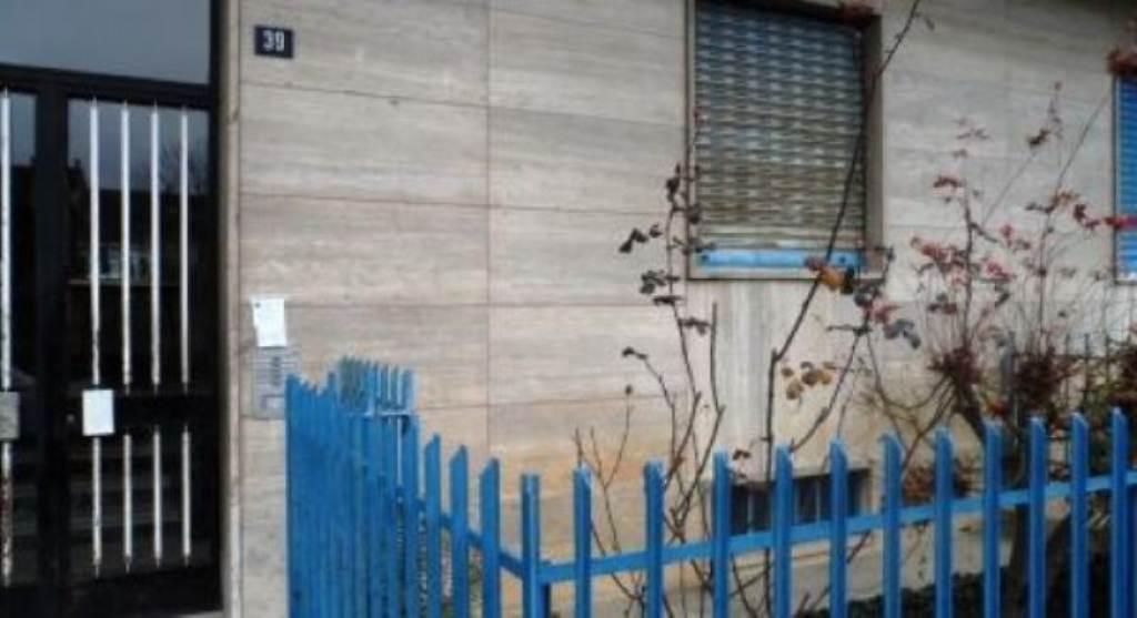Appartamento in affitto a Venaria Reale, 3 locali, prezzo € 500 | Cambio Casa.it