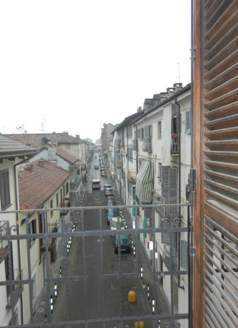 Appartamento in affitto a Venaria Reale, 2 locali, prezzo € 400   CambioCasa.it