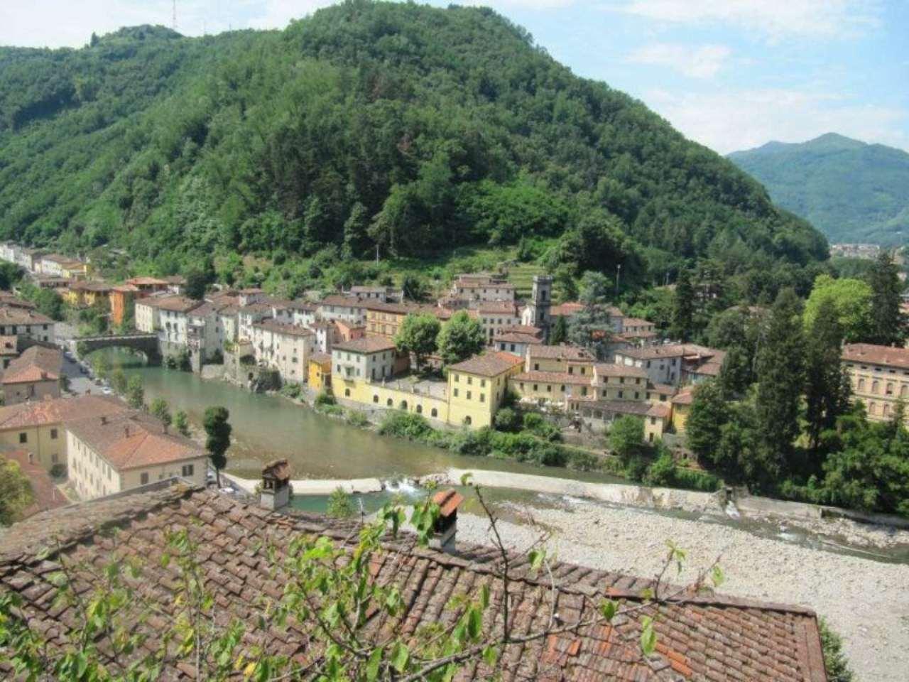 Palazzo / Stabile in vendita a Bagni di Lucca, 9999 locali, prezzo € 550.000 | CambioCasa.it