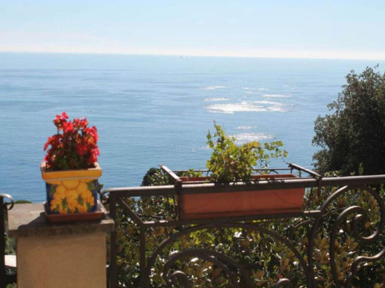 Villa in vendita a Genova, 10 locali, prezzo € 1.320.000 | CambioCasa.it