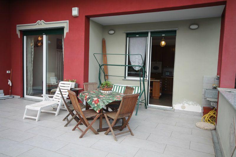 Villa in vendita a Arenzano, 21 locali, prezzo € 695.000 | CambioCasa.it