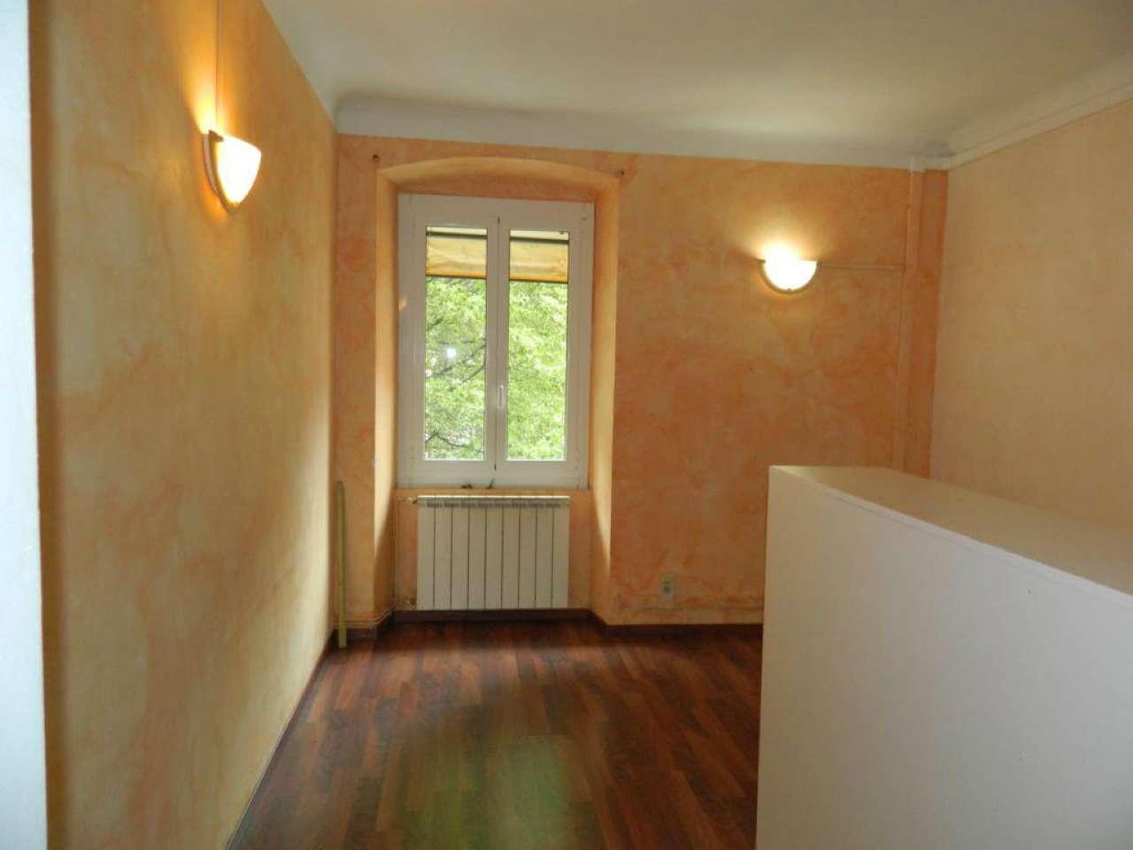 Laboratorio in affitto a Genova, 5 locali, prezzo € 600 | Cambio Casa.it