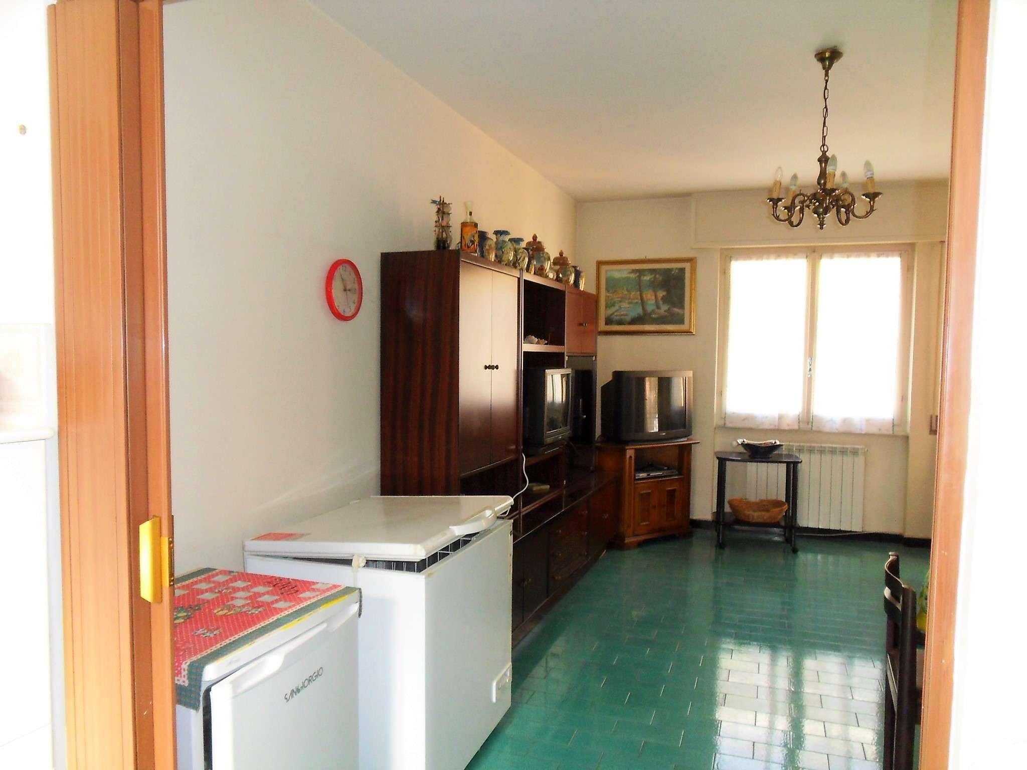 Appartamento trilocale in vendita a Recco (GE)