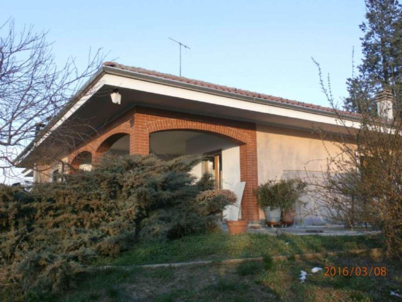 Soluzione Indipendente in vendita a Verrua Savoia, 8 locali, prezzo € 320.000 | Cambio Casa.it
