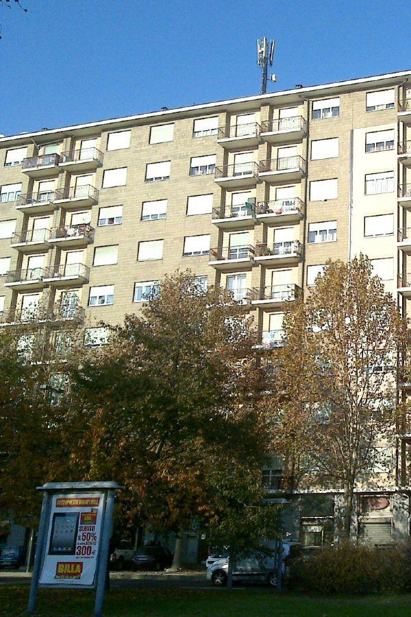 Attico / Mansarda in affitto a Torino, 1 locali, zona Zona: 16 . Mirafiori, Centro Europa, Città Giardino, prezzo € 380 | Cambio Casa.it